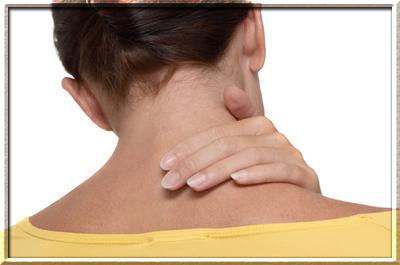 Ноющая боль в правом плече и в шее