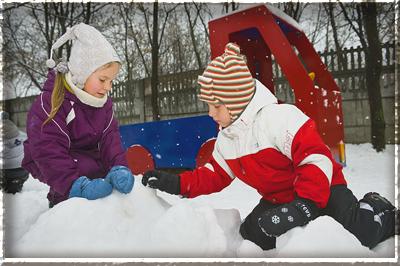 Во что играть с ребенком зимой? Игры зимой
