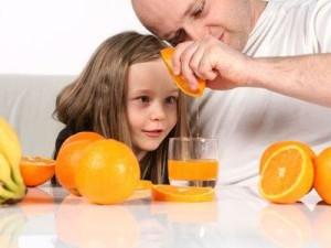 Что можно пить ребенку летом?