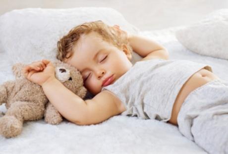 Почему потеет ребенок ночью?