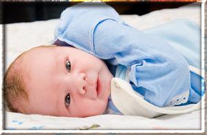 Грудные железы у ребенка