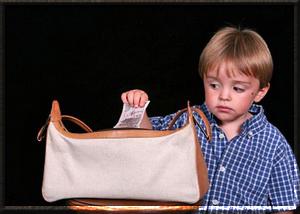 Ребенок ворует, что делать?