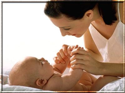Общение младенца со взрослыми