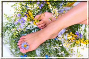 Как избавиться от потливости ног народными методами?