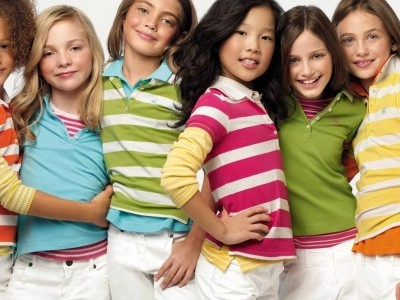 Какая одежда для девочек самая модная?